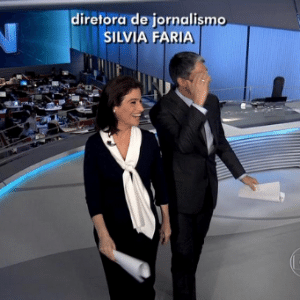 """Bonner e Renata estrearam no fim de abril um """"Jornal Nacional"""" mais """"soltinho"""""""