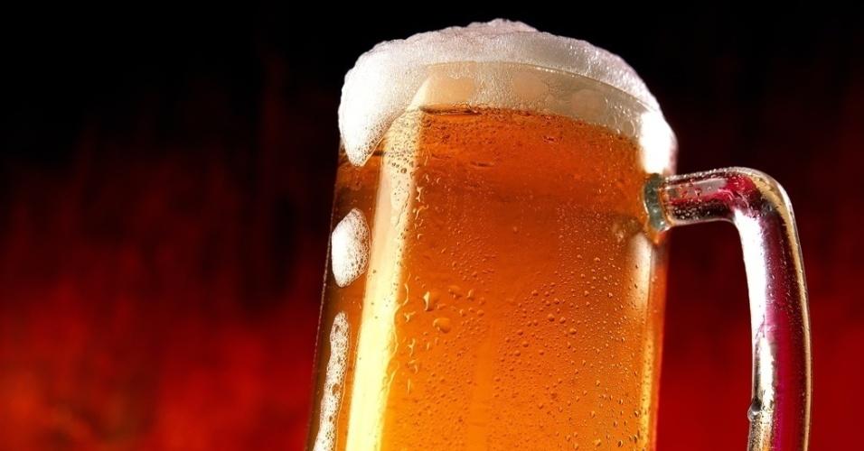 mídia indoor, álcool, cerveja, chopp, happy hour, bar, bebida, caneca, beber, divertir, social, lazer, alcoolismo