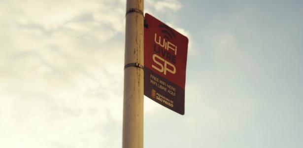 Praça Roosevelt, no centro da capital, com wi-fi grátis