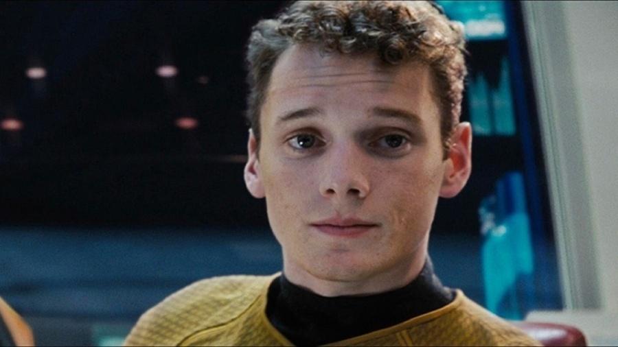 Anton Yelchin, ator da série Star Trek, morre atropelado pelo próprio carro aos 27 anos - Reprodução