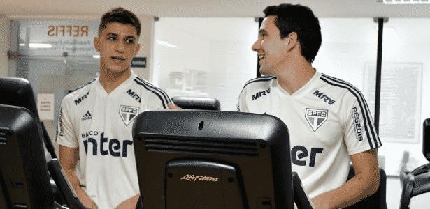 Vitor Bueno e Pablo na academia do São Paulo - Érico Leonan/saopaulofc.net