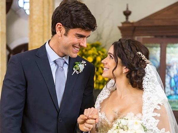 Shirlei e Felipe se casam no penúltimo capítulo de Haja Coração (Globo)