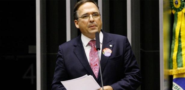 Sandro Mabel entregou o cargo, e Michel Temer (PMDB) perdeu o 4º assessor especial