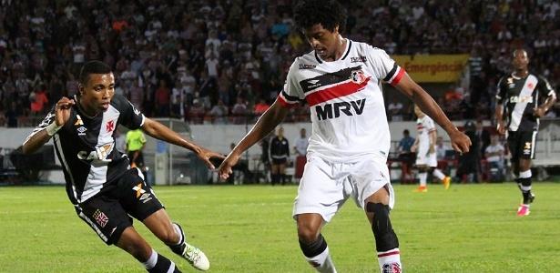 Keno assinou contrato nesta sexta-feira com o Palmeiras