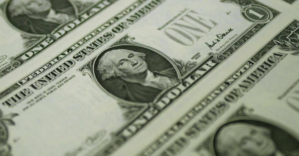dolar cédula moeda norte-americana estados unidos eua usa dólar dollar dolares câmbio exchange viagem mercado nota notas