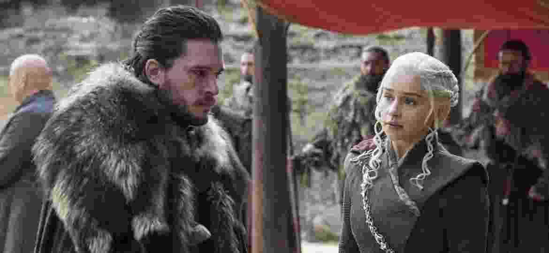 """Jon Snow (Kit Harington) e Daenerys (Emilia Clarke) na 7ª temporada de """"Game of Thrones""""  - HBO/Divulgação"""