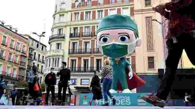 Madri, na Espanha, liderou lista das cidades de segunda onda no final do ano; país investiu em testagem - GABRIEL BOUYS/AFP - GABRIEL BOUYS/AFP