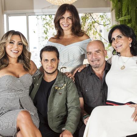 A família reunida do reality Os Gretchens - Sula Miranda, Gretchen, Thammy Miranda - Divulgação