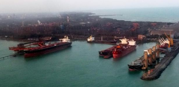 Interditado, porto da Vale em Tubarão (ES) deixa de exportar 200 mil toneladas de minério por dia