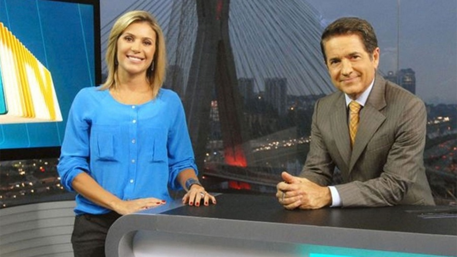"Flávia Freire e Carlos Tramontina no telejornal local ""SPTV"" - Zé Paulo Cardeal/TV Globo"