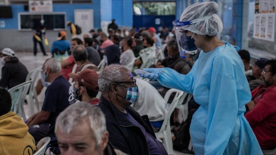 ONG Médicos Sem Fronteiras anunciou sua retirada definitiva de um bairro popular de Porto Príncipe, a capital do Haiti, devido aos conflitos entre gangues que assolam a região - Eduardo Anizelli/Folhapress