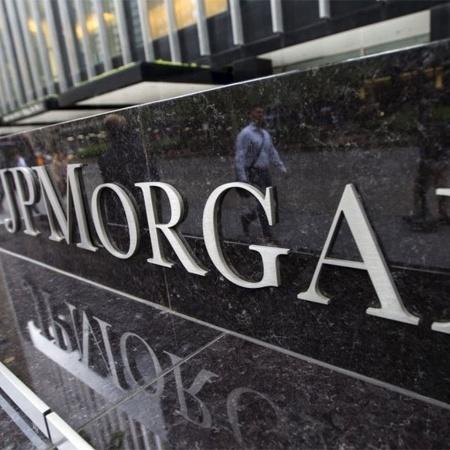 O lucro líquido subiu para US$ 14,3 bilhões, ou US$ 4,50 por ação, no trimestre encerrado em 31 de março - Mike Segar/Reuters