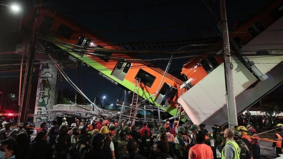 Metrô desaba sobre carros na Cidade do México. Acidente deixou mais de 20 mortos e dezenas de feridos - Getty Images