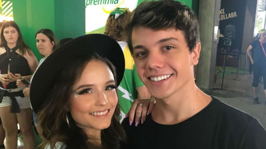 Larissa Manoela e namorado e novo contratado da Record, Leo Cidade - Sidney Gonçalves do Carmo