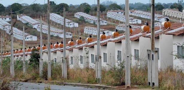 Conjunto de casas do Minha Casa Minha Vida - Beto Macário/UOL
