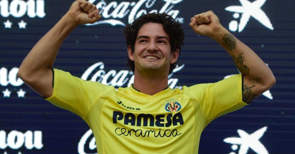 Atacante brasileiro Alexandre Pato é apresentado oficialmente pelo Villarreal, da Espanha