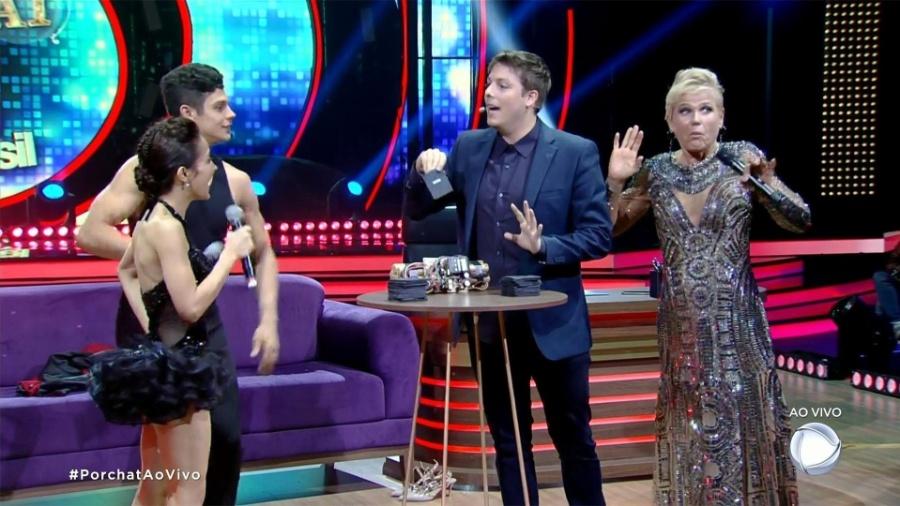 """Xuxa entregou que Maytê Piragibe """"pegou"""" dançarino Paulo Victor no """"Dancing Brasil"""" durante entrevista no """"Programa do Porchat"""" - Reprodução/Record"""
