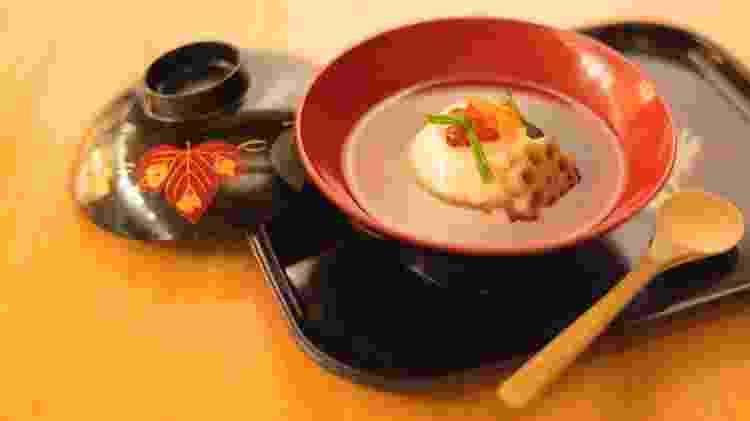Kinnogoshi Tofu, um tofu típico de Kyoto, feito de forma caseira com técnicas milenares - Gilberto Bronko