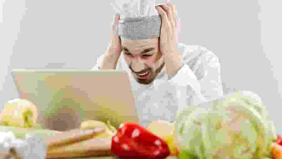 Chefs contam 20 dicas práticas para diferentes momentos do estar na cozinha - iStock