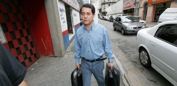 O ex-tesoureiro do PT Paulo Ferreira chega ao diretório do PT em SP em foto de 2016