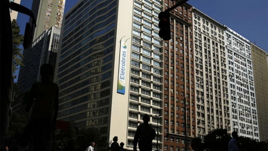 Estimativa do governo para a privatização da Eletrobras gira em torno de R$ 100 bilhões - Pilar Olivares/Reuters