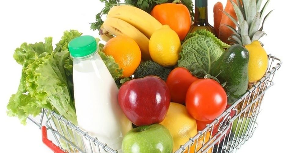 mídia indoor, economia, ciência e saúde, compra, comida, alimento, alimentação, fruta, verdura, legumes, cesta, supermercado, mercado, agricultura, preço, alta, pão, dieta, boa forma, nutrição, fresco, orgânico, mantimento, saudável, leite, produto