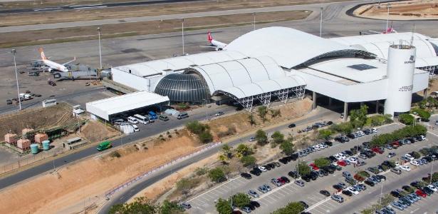 Aeroporto recebeu cinco caminhões com combustível na última madrugada