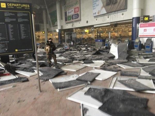 Explosões em aeroporto e metrô de Bruxelas deixam mortos e feridos