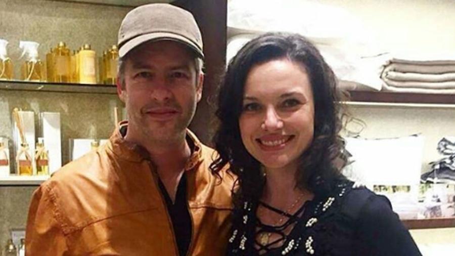 Grávida, Poliana Bagatini, esposa de Victor Chaves, registrou um boletim de ocorrência contra o cantor sertanejo por agressão - Reprodução/Instagram