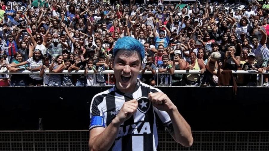 Felipe Neto brigou com cardeais e fechou portas na diretoria do Botafogo após desabafo sobre SA - Vitor Silva/SSPress
