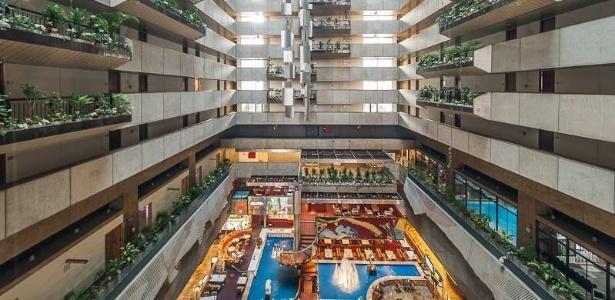 Átrio do hotel Maksoud Plaza, em São Paulo