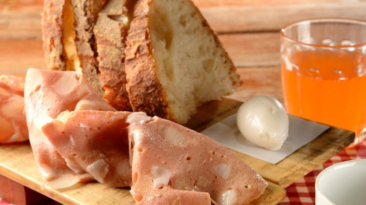 Café da manhã da Casa do Porco, com manteiga de lardo - Mauro Holanda