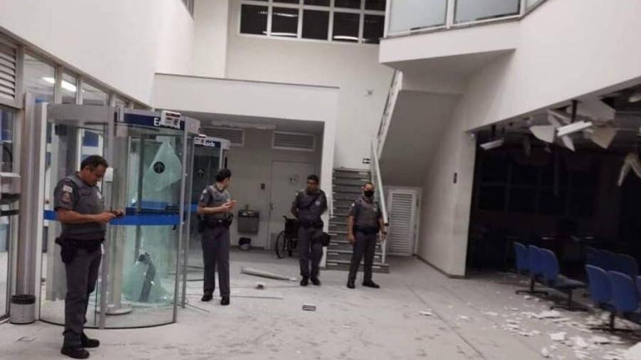 Agência bancária atacada por criminosos em Araçatuba em madrugada de agosto - Hojemais Araçatuba