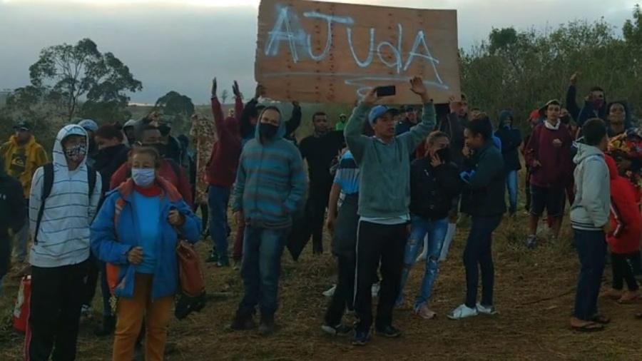 16.jun.2020 - Reintegração de posse remove famílias de terreno em Guaianazes, na zona leste de São Paulo - Reprodução