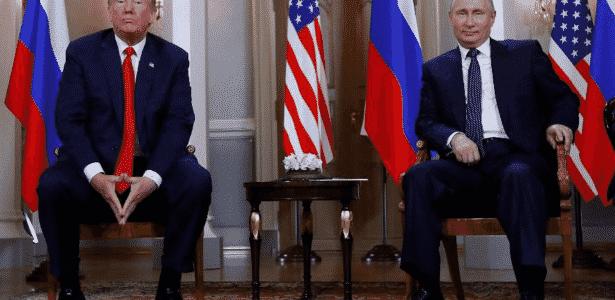 Presidente dos EUA, Donald Trump, encontra-se com o presidente da Rússia, Vladimir Putin, em Helsinque, Finlândia - REUTERS/Kevin Lamarque