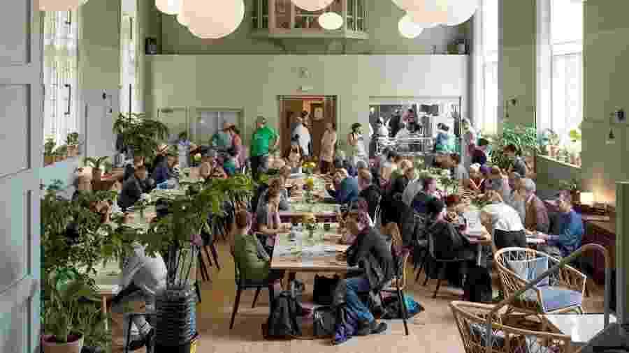 """O Refettorio Felix, parte do projeto """"Food for Soul"""" do renomado chef italiano Massimo Bottura - Divulgação"""