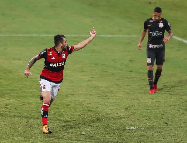 img 7394 Brasileiro: na rodada 36, o dedo de Filipe Vizeu.