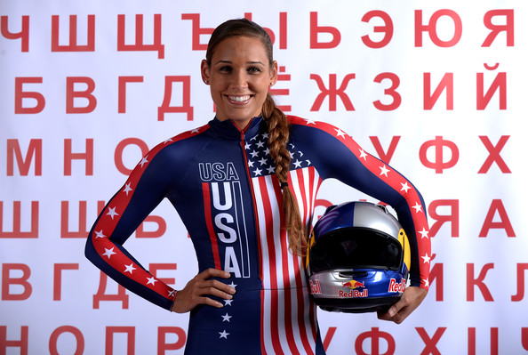 Lolo Jones no bobsled - foto: Harry How/Getty Images North America