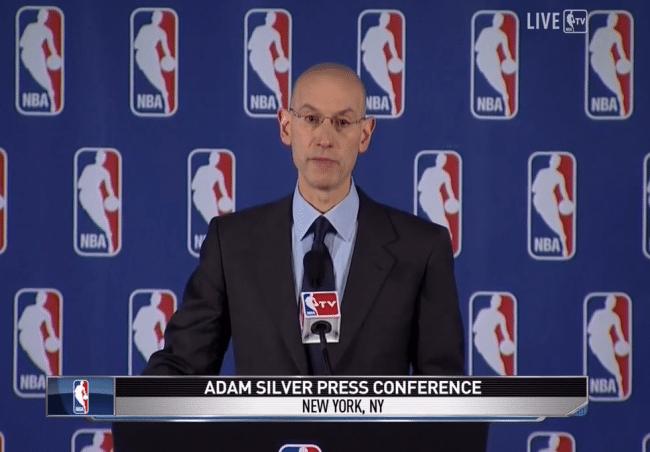 Comissário Adam Silver anuncia punição ao vivo na TV - Reprodução NBA TV