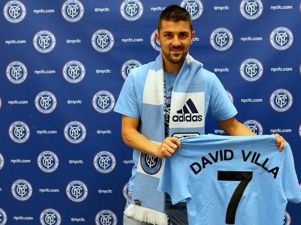 O espanhol David Villa recebe a camisa 7 do NYCFC - Divulgação
