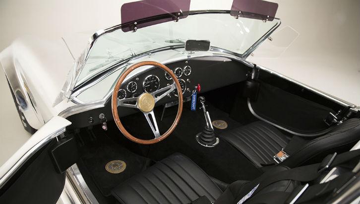 Shelby Cobra 427 50th Anniversary (Foto: Divulgação)