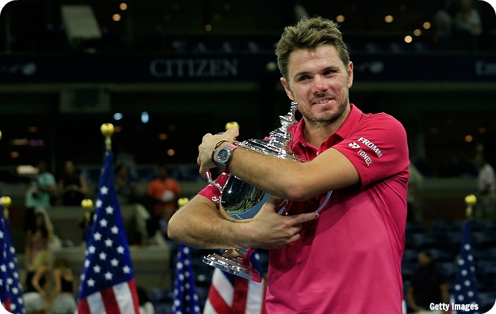 Wawrinka_US16_F_trophy_get2_blog