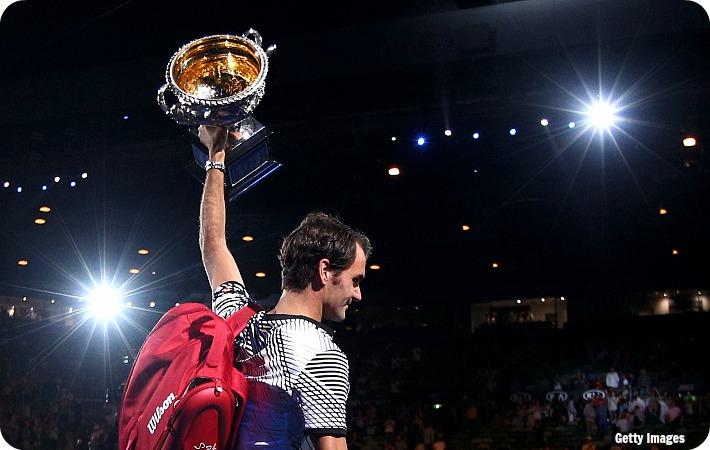Federer_AO17_F_trophy_get_blog