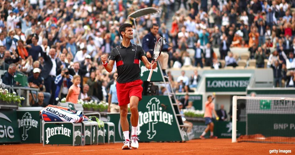 Coletiva mostra como Djokovic sentiu o golpe - 20 06 2006 - UOL Esporte 5d16ad477cd50