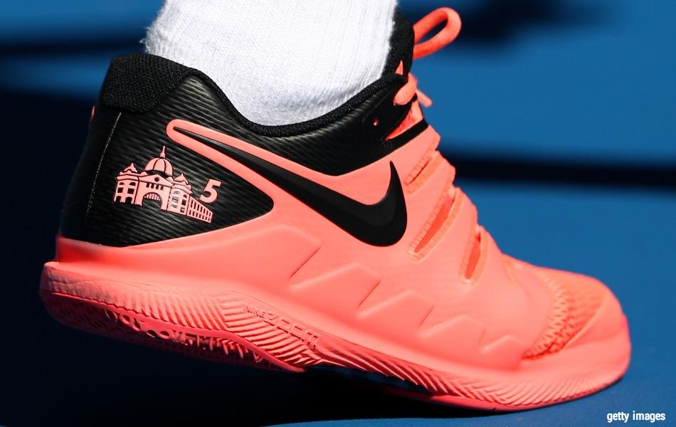 2c9a8a0a116 Sair da Nike significa mais do que simplesmente assinar com a Uniqlo. Não é  só o possível contrato com os japonesas que vai engordar a paquidérmica  conta ...