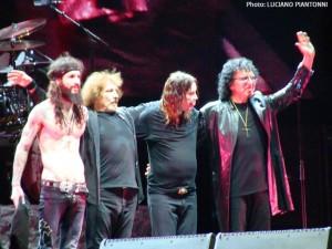 Black Sabbath no palco do Campo de Marte, em São Paulo (FOTO: LUCIANO PIANTONNI)