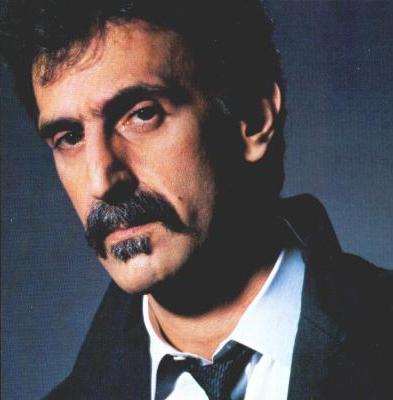 Frank Zappa (FOTO: DIVULGAÇÃO)