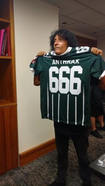 Palmeiras homenageia Iron Maiden e Anthrax com camisas ... f3935d64cafca