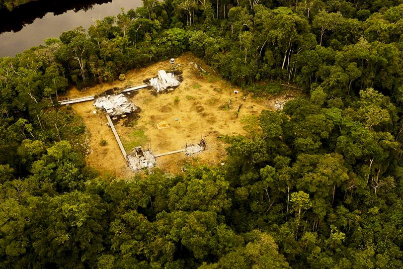 Desmatamento flagrado na Terra Indígena Manoki, em Mato Grosso. Foto: Ibama/MT