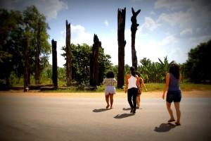 Monumento em homenagem aos 19 sem-terra assassinados na Curva do S em Eldorado dos Carajás